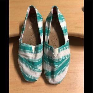 Toms Espadrille flAts green white stripe 9
